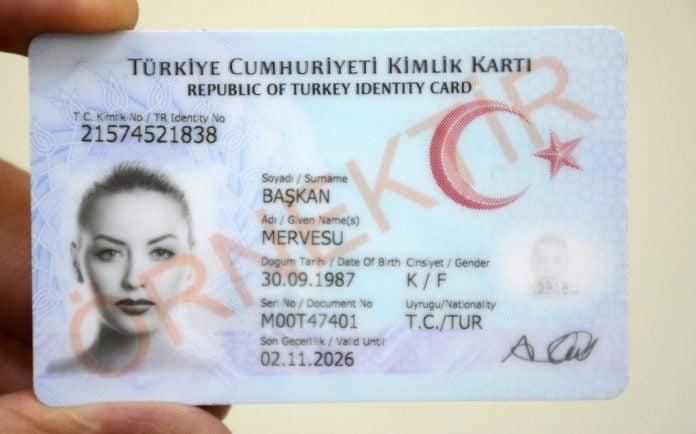 Türkiye Cumhuriyeti Kimlik Kartı